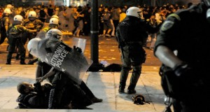 Greece: The news persecuted: violence against the photojournalists