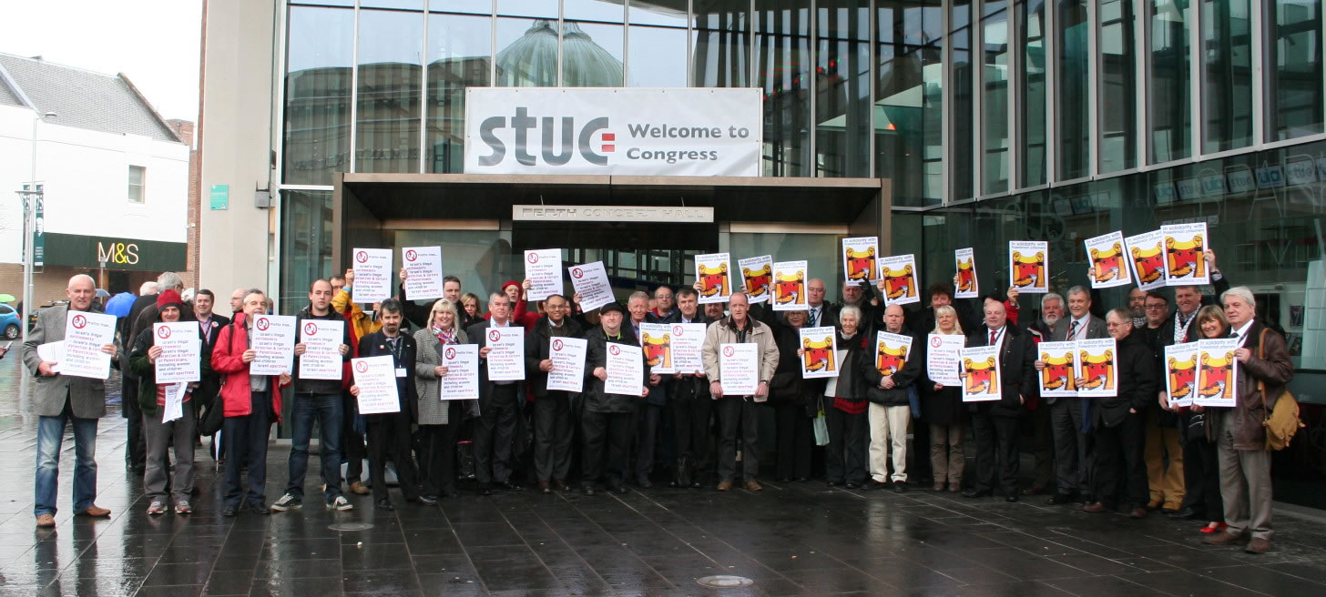 Demonstration by labor unions in Scotland supporting the boycot against G4S, in solidarity with the Palestinian political prisoners