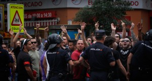 Large protest against a Nazi squat in Madrid